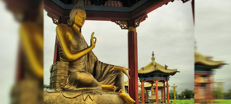 The Kalmyks: Buddhists of Europe